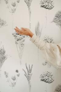 Papel pintado Kintsugi White by Conce Fiol