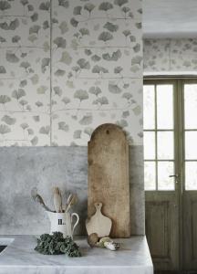 Gingko wallpaper 803-18