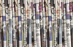 Mural Periódicos Largo