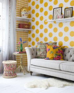 Yellow Spotty Wallpaper