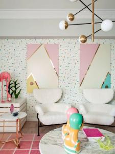 Pixels Pink/Green wallpaper