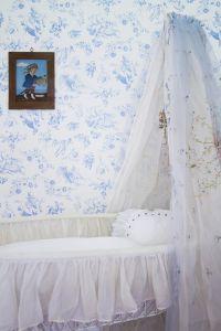Jouy cobalt wallpaper