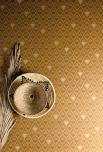 Liliosa Amber wallpaper