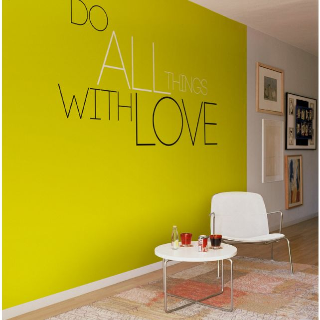 Mural do all with love 2