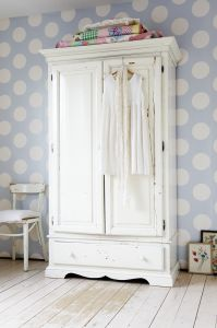 Blue Spotty Wallpaper