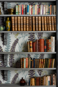 Floral Ciruela wallpaper